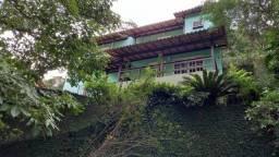 Alugo Casa Triplex - Itaipu - Niterói