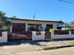 Casa com 3 dormitórios à venda, 204 m² por R$ 795.000,00 - Vila Boeira - Canela/RS