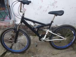 Título do anúncio: Bicicleta aro 24 donwhill