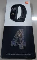 MiBand 4 Global (Português) - Usado