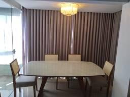 Mesa de jantar na madeira maciça e telinha