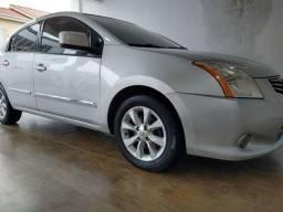 Título do anúncio: Nissan Sentra 2010 automático CVT Top de linha