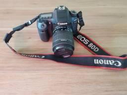 Câmera Canon 80D novíssima + lentes, bolsa e flash