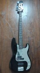 Baixo Fender Squier Precision Special