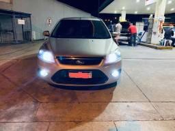 Focus GLX Hatch com GNV
