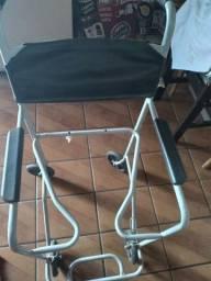 Título do anúncio: Cadeiras semi novas