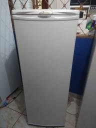 Vendo geladeira Eletrolux já entregue em ribeirão preto *