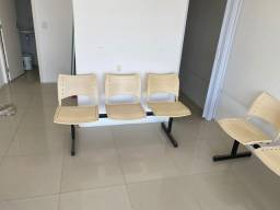 12 cadeiras para consultório