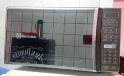 Microondas Espelhado Electrolux 28L