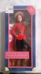 Barbie de Coleção Bonecas do Mundo ? Canadá / Ano 2012
