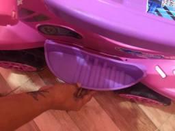 Vendo carrinho de passeio de menina