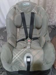 Pra vender logo apenas 150. Cadeira de carro bem conservada.