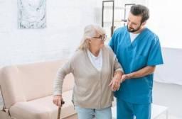 Cuidador hospitalar