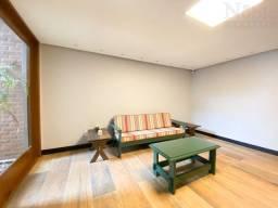 Apartamento na Prainha com 3 suítes e 02 vagas de garagem