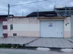 Aluga Casa Com 03 Quartos = Rua Asfaltada no Antares - Eunápolis/Ba