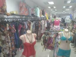 Vendo uma loja de roupas populares