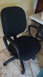 Cadeira diretor c/ regulagem de altura