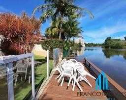 Espetacular casa com 4 suítes acesso privativo a lagoa na Enseada Azul