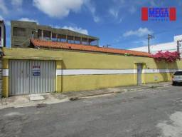 Casa com 4 quartos para alugar, próximo à Av. Bezerra de Menezes