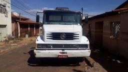 Caminhão Caçamba toco MB 1214