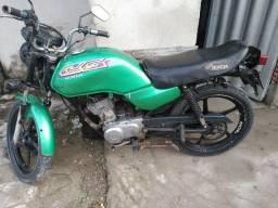 Vendo moto muito boa só tem 4 multas número * ou * - 1997
