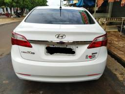 Hyundai HB20S 1.0 Flex - 2014