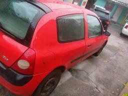 Clio 2004/5 1.0 8 válvulas carro muito conservado econômico particular zap * - 2004