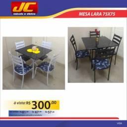 Linda mesa Lara com 4 cadeiras