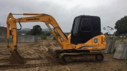 Mini escavadeira 5 toneladas - único dono
