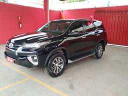 Toyota Hilux SW4 SRX 2.8 4x4 7 lugares Turbo - 2020
