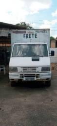 Vendo caminhão iveco