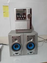 Aparelho de som da Toshiba, funcionando em perfeito estado