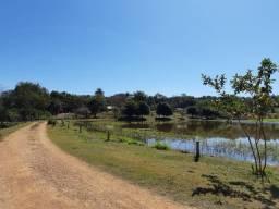 Chácaras 20.000m² Condomínio com Nascentes Lagoas Cachoeiras e Praças