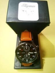 Lindos relógios Masculino da moda social de luxo novos com caixinha .