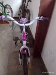 Bicicleta infantil usada 150 reais