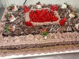 Bolos a partir de 200 e tortas decorada a partir de 70