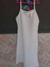 Título do anúncio: Vendo vestido novo medio