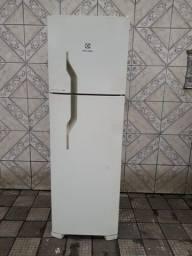 Geladeira Electrolux Frost Free 220 v entrego