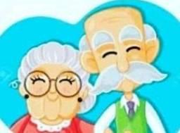 Cuidadora de idosos e baba