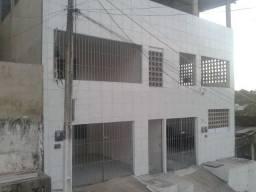 Casa em Ouro Preto, 02 quartos, 126 m², Cisterna 16.000L, Água e IPTU inclusos no aluguel