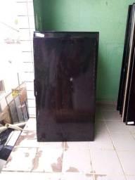 Televisão de leilão a venda