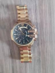Relógio Diesel 10 Bar dourado