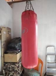Vendo saco de boxe ?