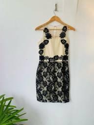 Título do anúncio: Vestido zibeline e renda preta. P