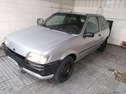 Ford Fiesta 1.3 ano 95 2 portas