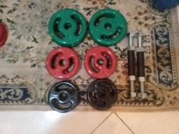 Kit de anilhas emborrachadas + par de halteres