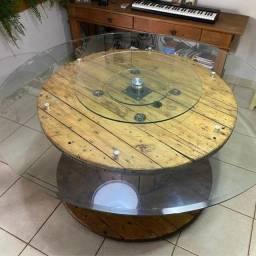 Mesa Carretel com vidro e rodízio