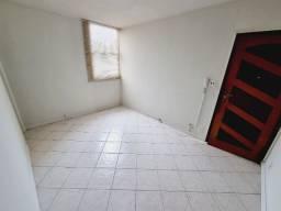 Título do anúncio: Apartamento com 2 dormitórios - Condomínio Califórnia - Taubaté/SP