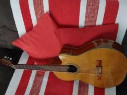 Violão elétrico Marca Giannini
