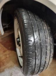 Roda 16 de ferro pneu Pirelli